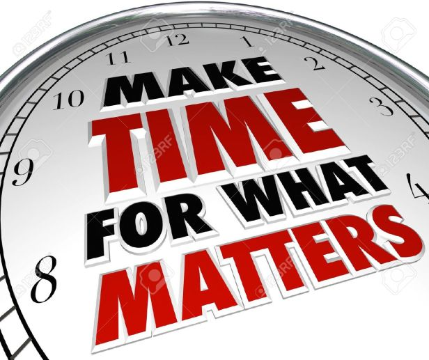 19046167-The-words-Make-Time-for-What-Matters-on-a-clock-representing-the-importance-of-making-priorities-for-Stock-Photo.jpg